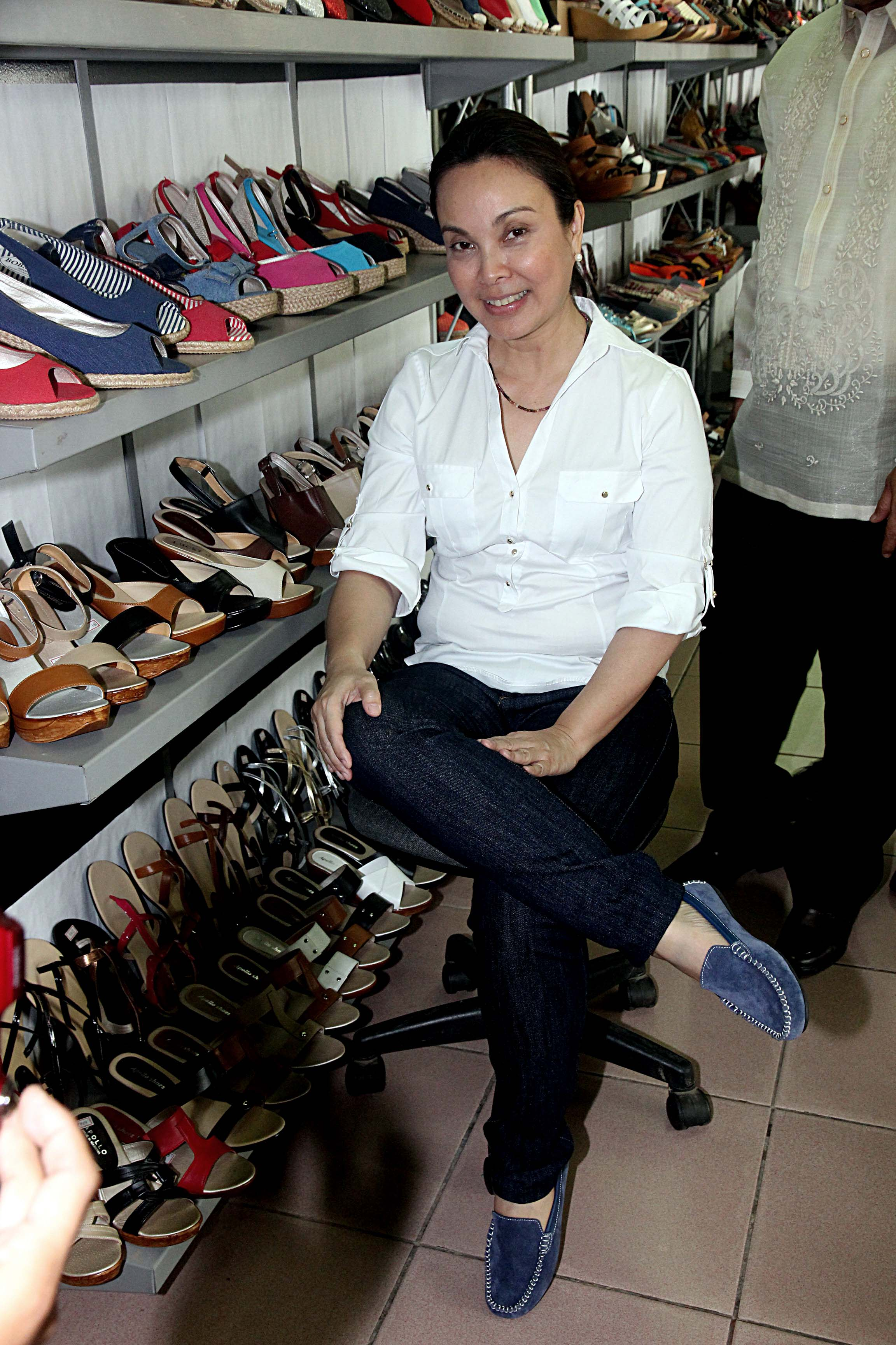 marikina shoe industry Industriya serves international cuisine western, filipino, asian and japanese cuisine is string tied to history of the cheng family's heritage particularly mrs concepcion cheng, one of the forefront founders of the shoe industry in marikina.
